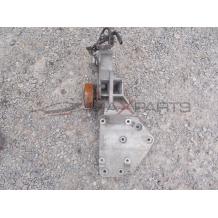 Конзола за NISSAN NAVARA 2.5DCI ENGINE BRACKET