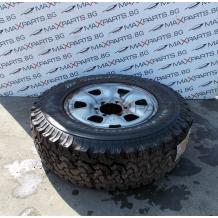 Резервна джанта с гума за Toyota Hilux 16