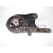 Тампон двигател Opel Astra J 1.7 CDTI ENGINE MOUNT BUSHING 13248600