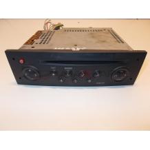 MEGANE CD PLAYER TUNER LIST   8200256141